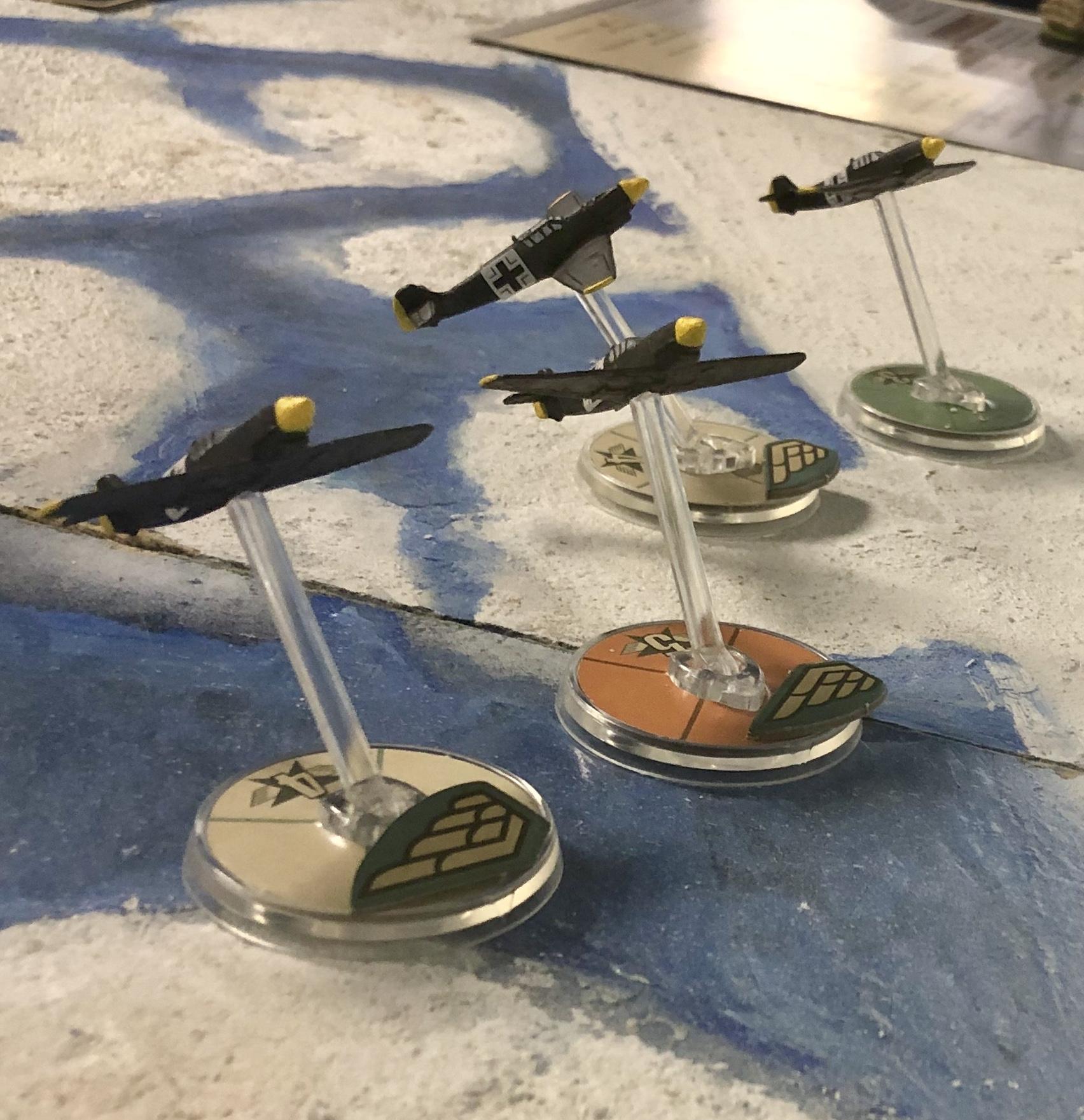 Hig's Heroes versus Türhalter in an aerial engagement