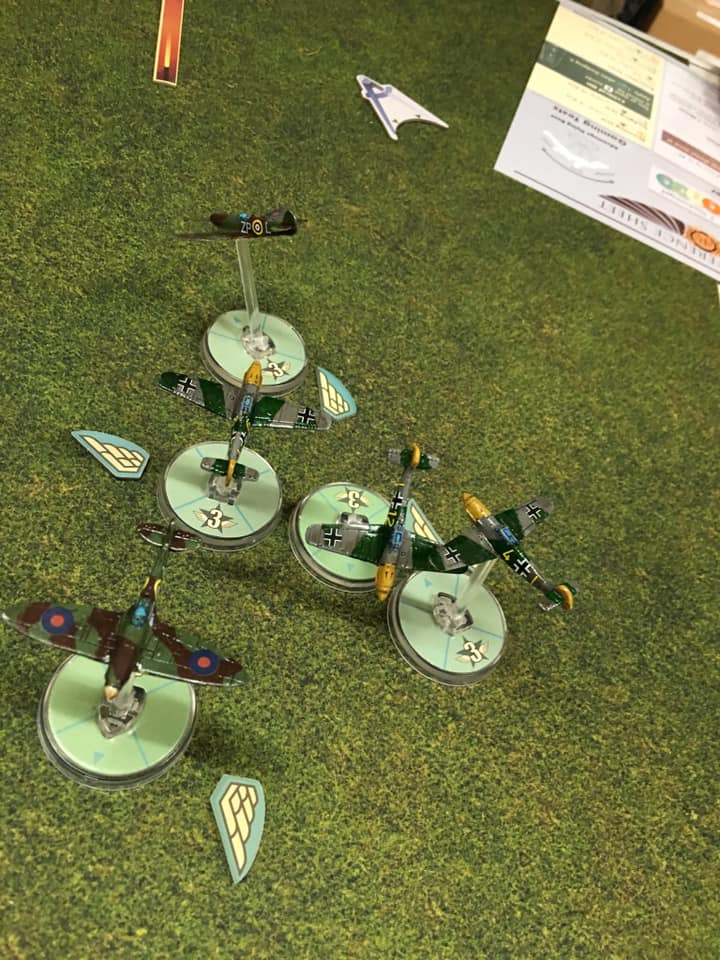 FFI versus Grande Grenadiers in an aerial engagement